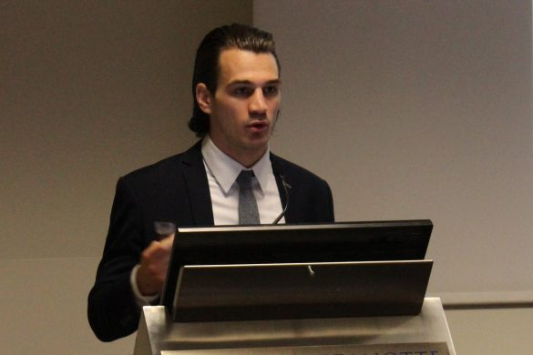 Photo of Maxime Bonelli speaking at the TrackInsight Investor Summit Milan 2016