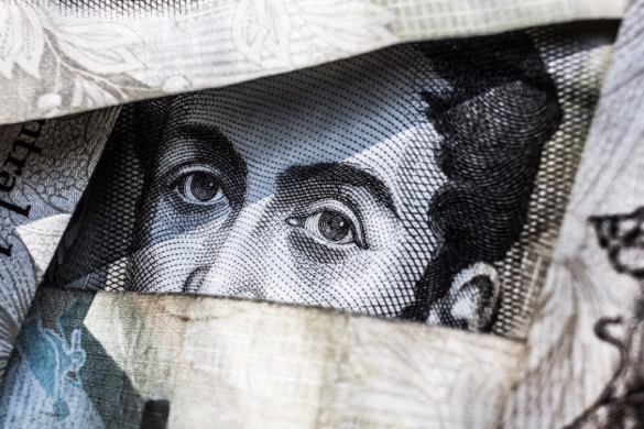 Inflows into FX-hedged ETFs pick up on currency fluctuation fears